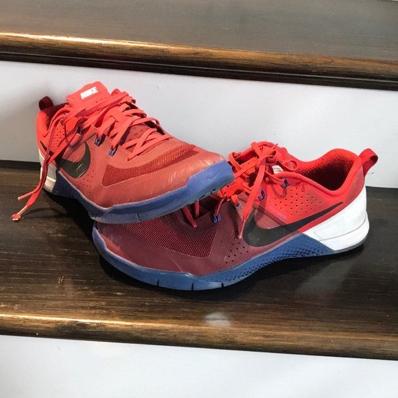 Nike Shoes | Metcon 1 Red White And